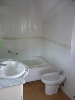 Baño Habitación Doble (Planta Segunda)