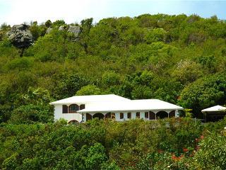 Attractive South American style villa with views over Grand de Sac WV KDY, Marigot