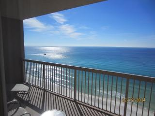 Incredible Gulf Front Condo w/ bunkroom. free WiFi, Panama City Beach