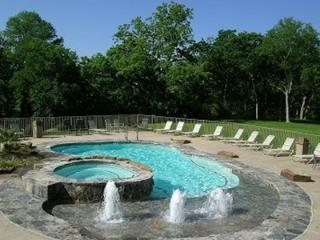 Restful River Retreat - 2br/2bth - 2 Complimentary Schlitterbahn Tickets!!