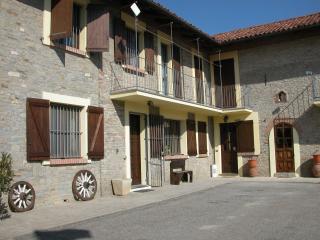 IL CIABOT suite GIRASOLE, Borgomale