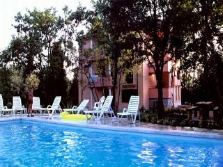 Villa Plavo more, Fiorini