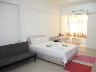 Bangkok Stylish Studio, 5 mins from BTS Udomsuk, Bangcoc