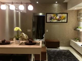 1 Bedroom Boutique Flat, Makati Business Center 40