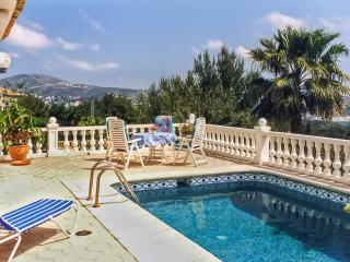 Gorgeous villa on the Costa Blanca with 3 bedrooms, garden, private pool and sea views, La Llobella