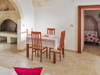 Beautiful house in the historic centre of Surano, Puglia, with 4 bedrooms, air con & rooftop terrace
