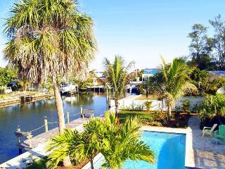 A 30' private boat dock will accommodate even the largest of yachts, with 60' wide lot.