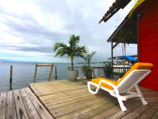 OVER THE WATER RENTALS - footsteps from the beach, Bocas del Toro