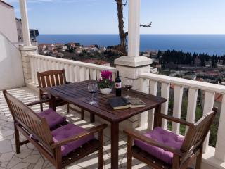 Grand terrace sea view apartment, Dubrovnik