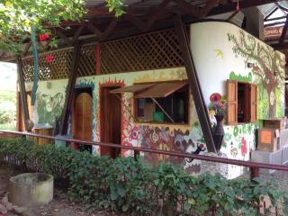 Casa y Casa De Ki - único Uvita cabinas