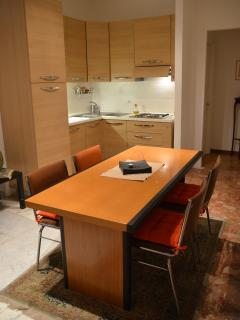 dining area and kitchen corner