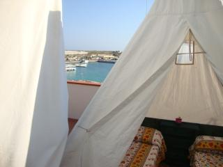 Tenda sul Terrazzo, Lampedusa