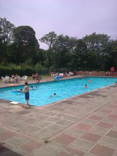 Outdoor Heated Swimming Pool at Glan Gwna Park