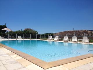 Stunning 2 Bedroomed Apartment close to Cannes