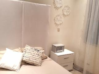 """Mi Casa"" Boutique B&B. White Room"