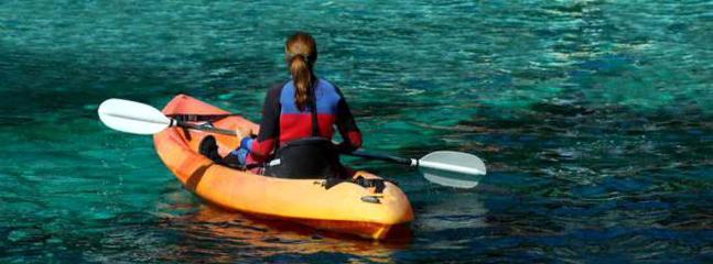 kayak 2 places à disposition gratuitement.