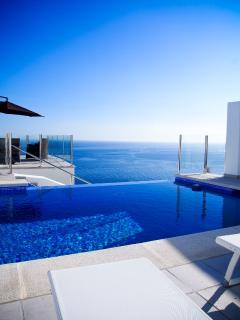 Your own private infinity pool