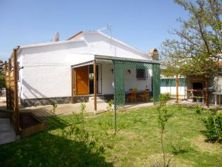 Apart-rent (0032) Casa con jardin y barbacoa Empuriabrava