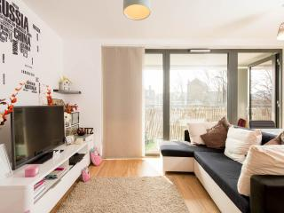 Spacious modern 1 bedroom flat
