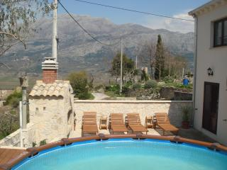 APARTMENT BAULE WITH POOL, Cilipi