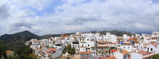 The village of Sayalonga