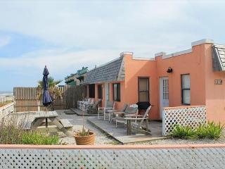 Beach Haven - 2 Bedroom, 2 Bath, Pet Friendly Ocean Front Home, Marineland