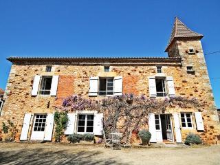 Le Vieux Tilleul, Sauveterre-la-Lemance
