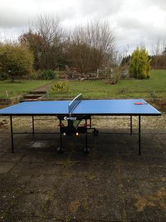 Outside table tennis table
