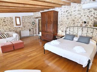 Habitación con terraza en azotea, finca Es Castell, Binibona