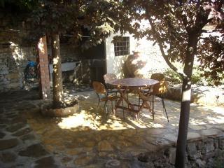 Casa la Acacia, Frias de Albarracin