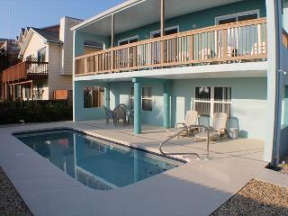 Atlantic Splash, Pet Friendly, 3 Bedroom, 2 1/2 Baths, Sleeps10, Private Pool, St. Augustine