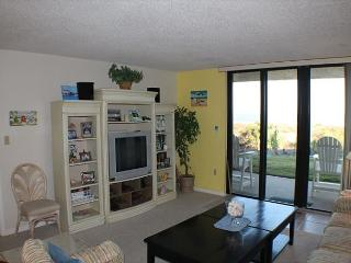 Barefoot Trace, Ground Floor, Beach Front, 2 Bedroom, 2 Bath, Sleeps 6, Crescent Beach