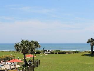 2 Bedrooms, 2.5 Bathrooms, Sleeps 6, Ocean View Condo, 4 Heated Pools, WiFi, Crescent Beach