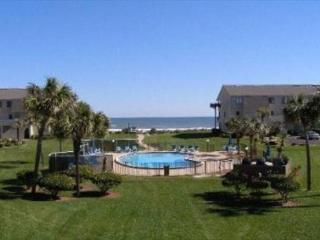 Ocean View Condo, Wifi, 4 heated pools