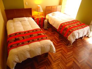 Elva's House: Fully Furnished Apartment, Cuzco