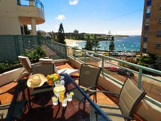 Living by the Sea, Coogee