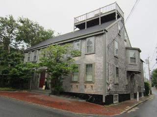 Antique Whaling Captain's house condo, Nantucket