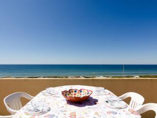 Bela praia Apt! 2 passos do mar!!!!, Faro
