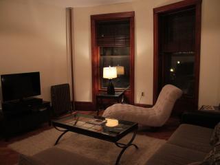 3 bedroom garden apartment, Brooklyn
