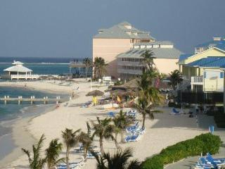 The Reef Resort - Grand Cayman: Studio, Sleeps 2