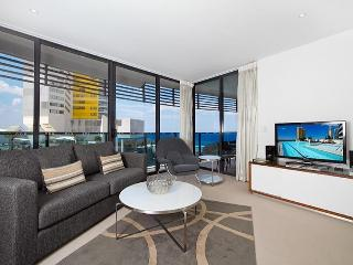2 Bedroom Private apt @ Oracle - 10702, Broadbeach