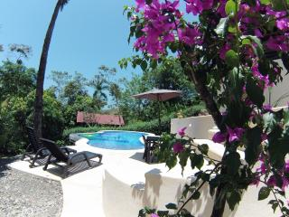 Casa Camino Viejo/ NEW!  Eco friendly pool, Parc national Manuel Antonio