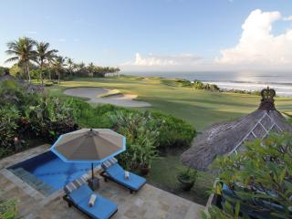 Sunset Golf, 3 Bedroom Villa, Car+Driver, Tanah Lot