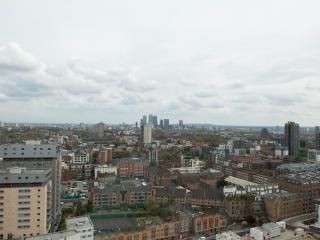 Incredible Views Altitude 1 bedroom Apartment, Londen