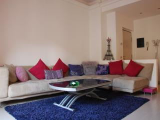 easyhomes Brera Mercato - 2 bedrooms, for 4 people, Province of Milan