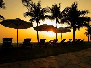 Sunny Surf 4 BR (Free Spa services), Da Nang