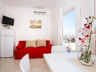 Great apartment for 2+2 person, Vrsi