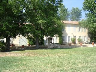Property splendid 18th century farmhouse, St-Rémy-de-Provence