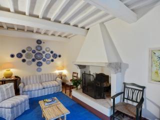 Casa Vittoria – luxury Tuscan villa, Palazzone