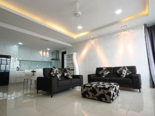 SH Duplex Penthouse Luxury Series, George Town